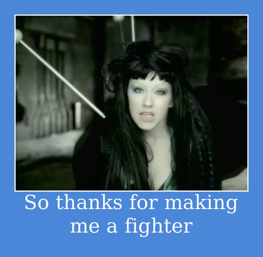 На фото изображена фраза из песни Fighter.