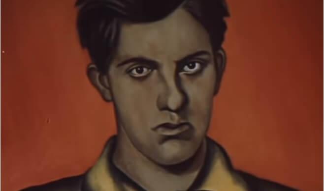 На фото поэт Владимир Маяковский.